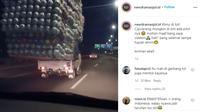 Seperti dilansir akun Instagram @newdramaojol.id, Selasa (1/9/2020), terlihat sebuah mobil pikap membawa mainan anak-anak