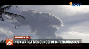 Warga yang tinggal di lereng Gunung Agung mulai khawatir, lantaran gunung tersebut sudah berkali-kali mengalami erupsi dalam beberapa hari terakhir.