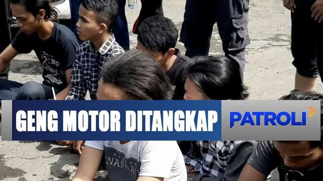 Para pemuda ini ditangkap Polres Pasuruan beberapa jam setelah aksi brutal yang mereka lakukan.
