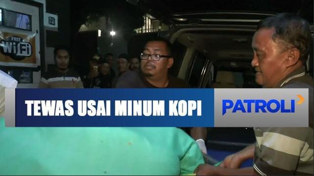 Seorang pria penghuni vila di Pasuruan, Jawa Timur, tewas mendadak usai minum kopi yang baru dibeli.