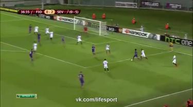 Fiorentina gagal memanfaatkan keuntungan bermain  di kandang sendiri, Stadio Artemio Franchi. La viola harus mengakui keganasan Sevilla dengan skor 0-2 (agregat 0-5) dan gagal melaju ke final Liga Europa 2014/15 di Warsawa, Polandia. Di final Sevilla...