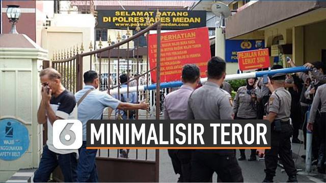 Sebelumnya teror bom di wilayah kantor polisi beberapa kali terjadi. Dalam kondisi tertentu kepolisian lakukan pengamanan ketat pada pengunjung.