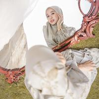 Intip gaya hijab dari Laudya Cynthia Bella. instagram/Laudya Cynthia Bella