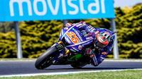 Pebalap Movistar Yamaha, Maverick Vinales, menempati peringkat kelima secara keseluruhan pada hari pertama sesi latihan bebas MotoGP Australia, Jumat (20/10/2017). (Yamaha MotoGP)