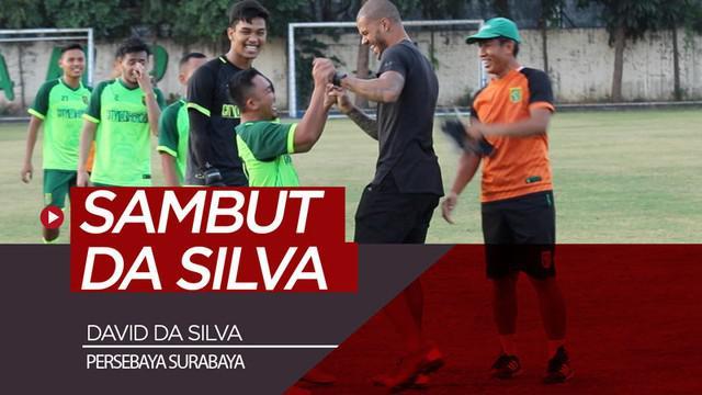 Berita video David da Silva mendatangi sesi latihan Persebaya Surabaya dan mendapat sambutan hangat dari para pemain, staf, dan pelatih, Rabu (24/7/2019).