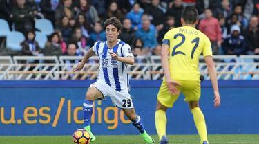 Alvaro Odriozola masuk dalam daftar incaran Real Madrid. (doc. Mundo Deportivo)