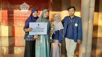 Tim mahasiswa Universitas Airlangga menjuarai Lomba Karya Tulis Ilmiah Nasional (LKTIN) History Days 2019. (Foto: Liputan6.com/Dian Kurniawan)