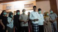 Presiden Jokowi, di rumah duka, Sumber, Surakarta, Rabu (25/3/2020) malam. (Liputan6.com/Fajar Abrori)