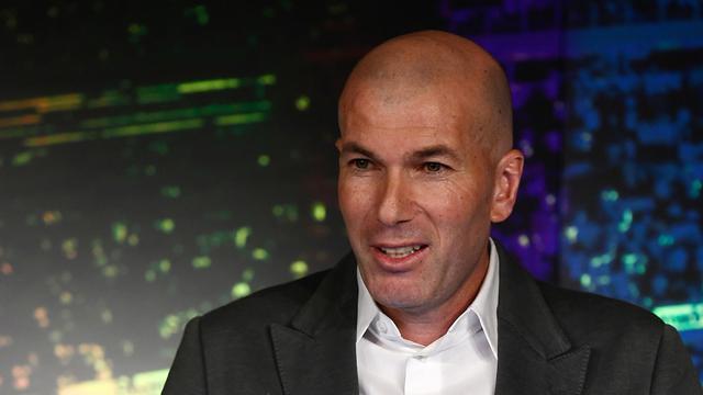 Senyum Zidane Saat Kembali Latih Skuat Real Madrid