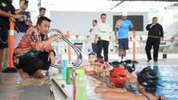 Menpora meninjau pelatnas Polo Air dan Renang Indah pada cabang olahraga Aquatic di Stadion Akuatic Gelora Bung Karno, Senayan, Jakarta.