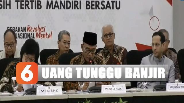 Selain itu, hadir Gubernur DKI Jakarta Anies Baswedan, Wakil Gubernur Banten Andika Hazrumy, unsur TNI-Polri, BNPB, serta Kepala BMKG.