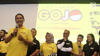 Koordinator Nasional Golkar Jokowi atau Gojo, Rizal Malarangeng (kiri) memberi sambutan saat peresmian relawan di Jakarta, Jumat (16/3). Partai Golkar membentuk kelompok relawan Gojo jelang Pilpres 2019. (Liputan6.com/Herman Zakharia)