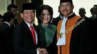 Rizal Djalil (kiri) usai dilantik menjadi Ketua BPK, Senin (28/4/2014) (Liputan6.com/Johan Tallo)