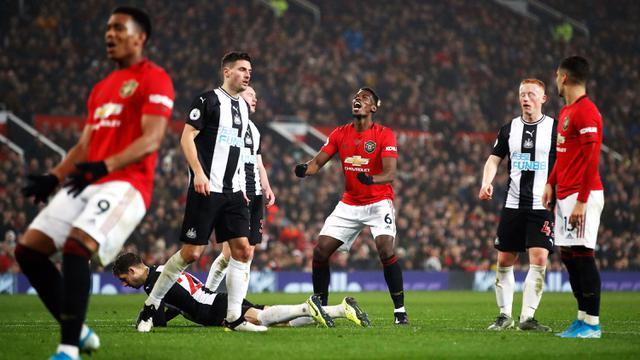 Manchester United Gulung Newcastle di Old Trafford