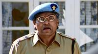 Johnny Lever aktor India yang kerap berperan sebagai polisi kocak India (Sumber: pinkvilla)