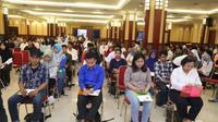 1000 peserta Penerimaan Mahasiswa Baru (PMB) mengikuti ujian Tes Potensi Akademik (TPA) Politeknik Ketenagakerjaan (Polteknaker) tahun ajaran 2017-2018