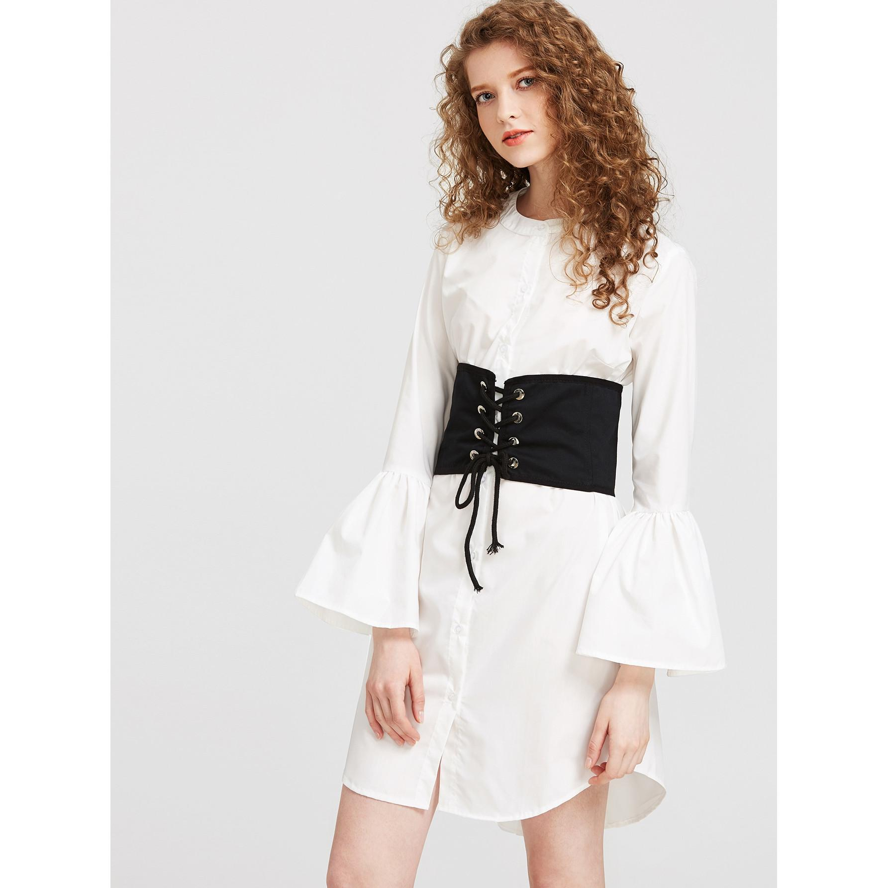 Shirt dress yang bikin penampilan jadi maksimal saat spring summer. (Image: sesamethestylestudio.com)