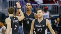 Miami Heat menelan kekalahan saat berhadapan dengan Milwaukee Bucks pada lanjutan NBA di di American Airlines Arena, Miami, Rabu (20/1/2016) pagi WIB. (EPA/Erik S. Lesser)
