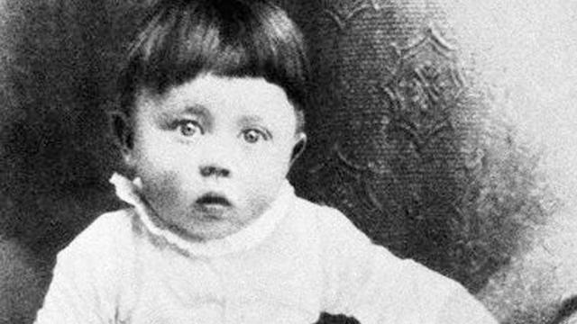 Bayi Adolf Hitler