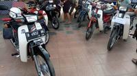 Motor jadul tetap digemari yang membuat harganya tetap tinggi. (Arief/Liputan6.com)