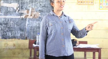 Guru di pedalaman Papua