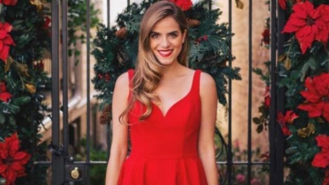 Padu Padan Busana Terbaik Untuk Polesan Lipstik Merah Fashion