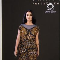 Fashion Nation ke-12 mempersembahkan koleksi kerja sama Iwan Tirta Private Collection dengan Mel Ahyar.