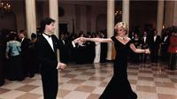 Putri Diana dan John Travolta berdansa di ballroom Gedung Putih, 11 November 1985. (Wikimedia/Public Domain)