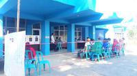 Suasana pemilu di TPS Rumah Sakit Jiwa, Kendari, Rabu (17/4/2019). (Liputan6.com/Ahmad Akbar Fua)