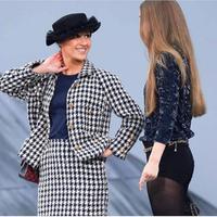 Gigi Hadid menggagalkan aksi seorang komedian yang ingin membuat panggung Chanel lebih menyenangkan di Paris Fashion Week (Foto: instagram/hftgroup)