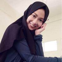 Intan Aprilia, finalis Puteri Muslimah Indonesia 2017 yang dinobatkan sebagai Puteri Muslimah Berbakat 2017 (Instagram @intanaprilia)