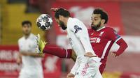 Mohamed Salah. Striker Liverpool asal Mesir berusia 28 tahun ini mencetak 6 gol dari 10 laga. Langkah Liverpool terhenti di babak perempatfinal usai kalah dari Real Madrid. (AP/Jon Super)