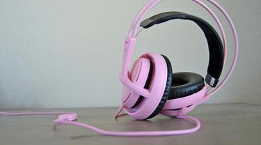 Perbedaan Headset, Headphone dan Earphone yang Sering Salah Sebut
