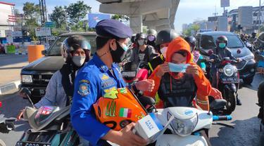 Langkah Dinas Pemadam Kebakaran dukung Program Makassar Recover (Liputan6.com/Fauzan)