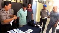 PNS Tanjungbalai itu mencetak uang palsu mulai pecahan Rp 10 ribu sampai Rp 50 ribu. (Liputan6.com/Reza Efendi)