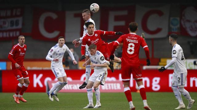 FOTO: Leeds United Disingkirkan Tim Divisi 4 dari Piala FA
