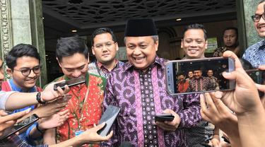 Gubernur Bank Indonesia (BI) Perry Warjiyo di Mesjid Kompleks Gedung BI, Jakarta, Jumat (1/11/2019).