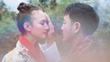 [Bintang] Nadine Chandrawina dan Dimas Anggara