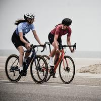 Ilustrasi bersepeda. Sumber foto: unsplash.com/Coen van den Broek