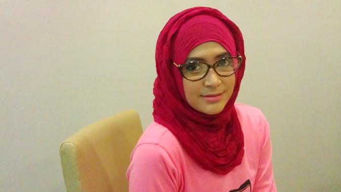 Natasha Farani Ingin Khatam Alquran Dan Umrah Ramadan Liputan6 Com