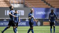 Christian Eriksen mencetak gol kedua Inter Milan saat mengalahkan Udinese 5-1 pada laga penutup Liga Italia Serie A di Giuseppe Meazza, Minggu (23/5/2021). (Piero Cruciatti/LaPresse via AP)