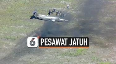 Kecelakaan pesawat terjadi di wilayah Texas Amerika Serikat. Pesawat jatuh lalu terbakar sesaat setelah lepas landas dari bandara.