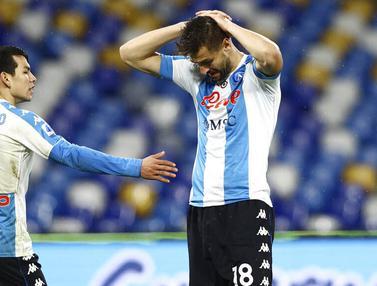 FOTO: Napoli Dipermalukan Spezia di Stadion Diego Armando Maradona
