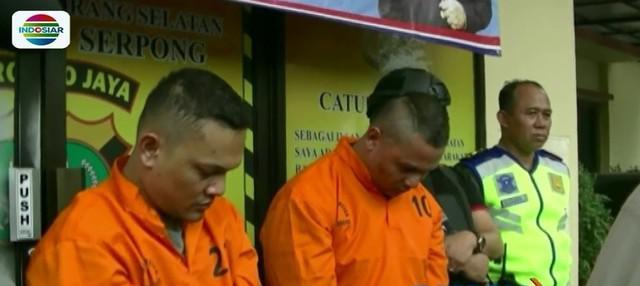 Kakak beradik spesialis pencuri modus pecah kaca ditangkap aparat polisi di Serpong, Tangerang. Salah satu pelaku pernah mengikuti kontes bakat menyanyi di salah satu TV swasta.