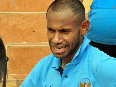 Elie Aiboy usai latihan di Lapangan Inspen, Putrajaya, Malaysia, selasa 27 november 2012.