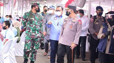 Program vaksinasi gratis buruh di Jawa Barat