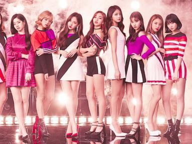 TWICE merupakan salah satu girlband yang populer. Meskipun kepopuleran memberikan berbagai keutungan, akan tetapi TWICE juga mengalami beberapa hal yang merugikan. (Foto: soompi.com)
