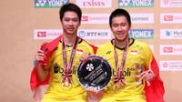 Kevin Sanjaya Sukamuljo/Marcus Fernaldi Gideon merebut gelar juara pada turnamen Jepang Terbuka Super Series 2017. (PBSI)