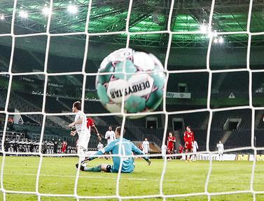 FOTO: Bayern Munchen Tumbang di Kandang Borussia Monchengladbach
