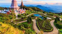Dua pagoda besar di Doi Inthanon yang menarik perhatian wisatawan.
